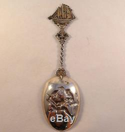 Figural Dutch 835 Sterling Serving Spoon With Decorated Bowl