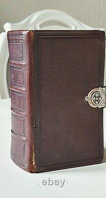 Old Dutch Bible, Book of psalms, 1871, Amsterdam with fine silver lock