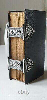 Old & rare Dutch bible / Book of Psalms with beautiful silverwork 1856