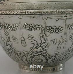 SUPERB LARGE 204g DUTCH SOLID SILVER CHERUB & BEE CADDY TABLE BOX 1899 ANTIQUE