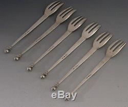 UNUSUAL SET OF 6 DUTCH SOLID SILVER CAKE / PASTRY FORKS 1966 17th CENTURY STYLE